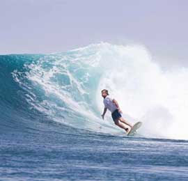 peter hansen surf banyak
