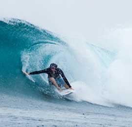 kingy surf banyak